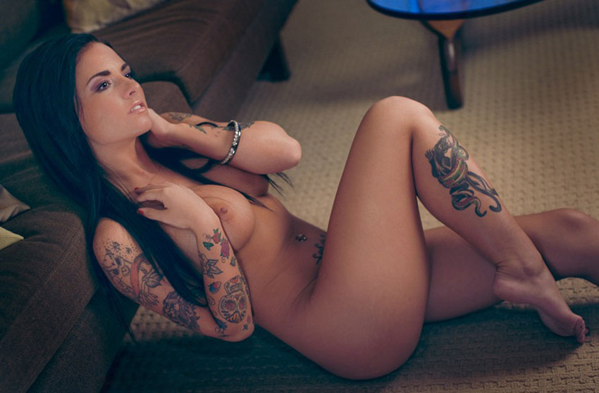 tattoo-women-nude-gif-sexy-naked-costumes